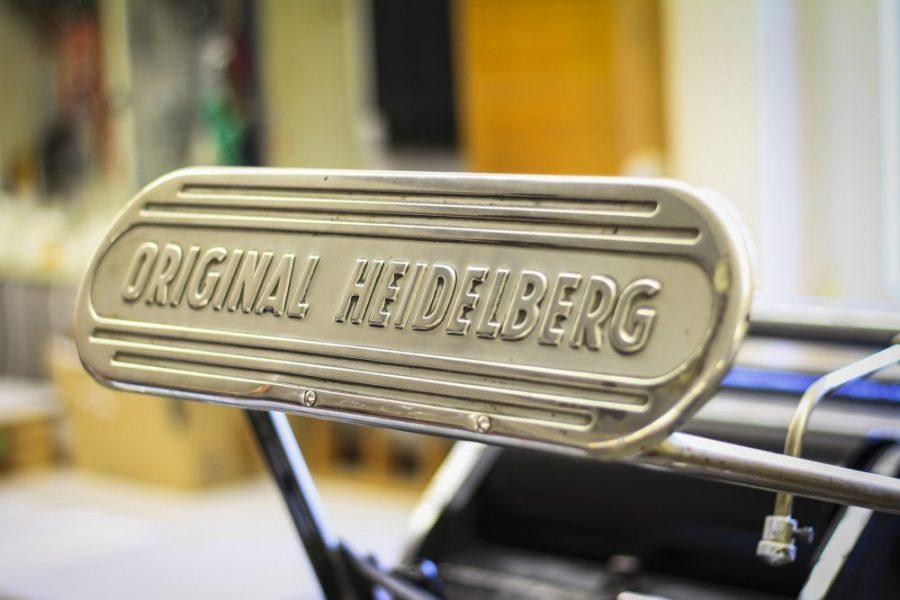 Original Heidelberger Tiegel Buchdruck Handarbeit Stanzarbeiten